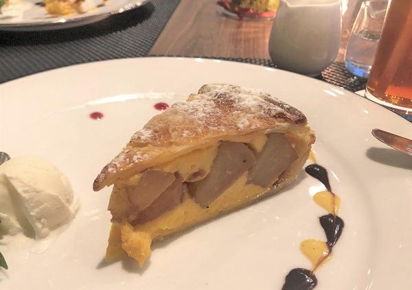 丸ノ内ホテル8階「ポム・ダダン」の「伝統のアップルパイ」をアップ