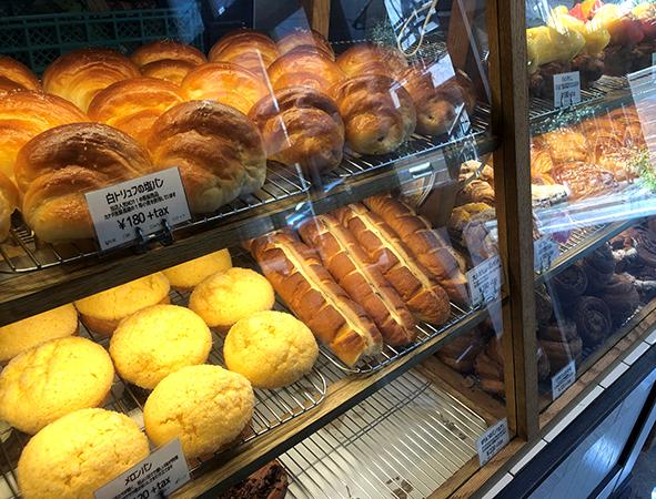 門前仲町のパン屋さん「トリュフベーカリー本店」の白トリュフの塩パンやメロンパン