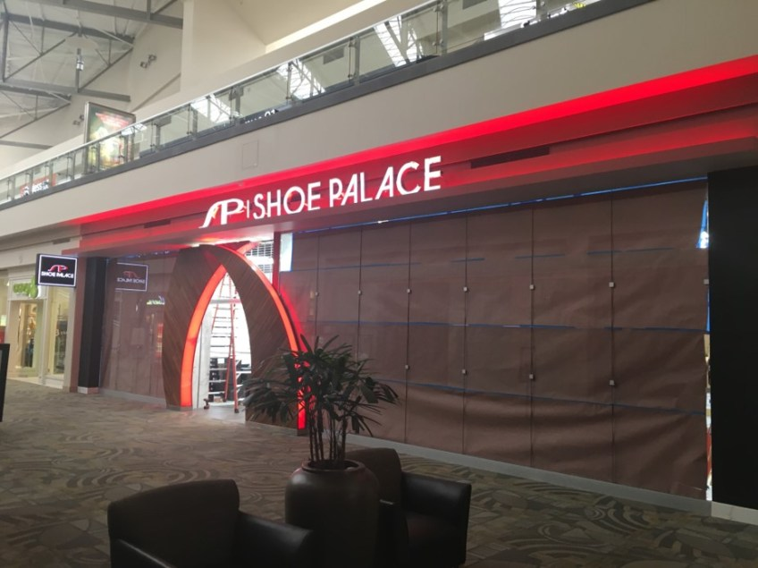 SHOE PALACE – Westminster, CA.
