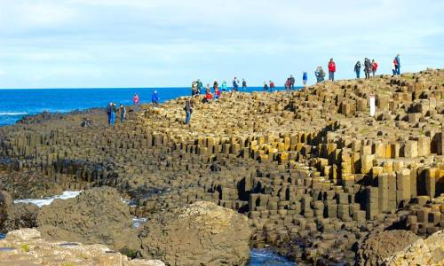 Giant's Causeway and the crowds - HH Lifestyle Travel