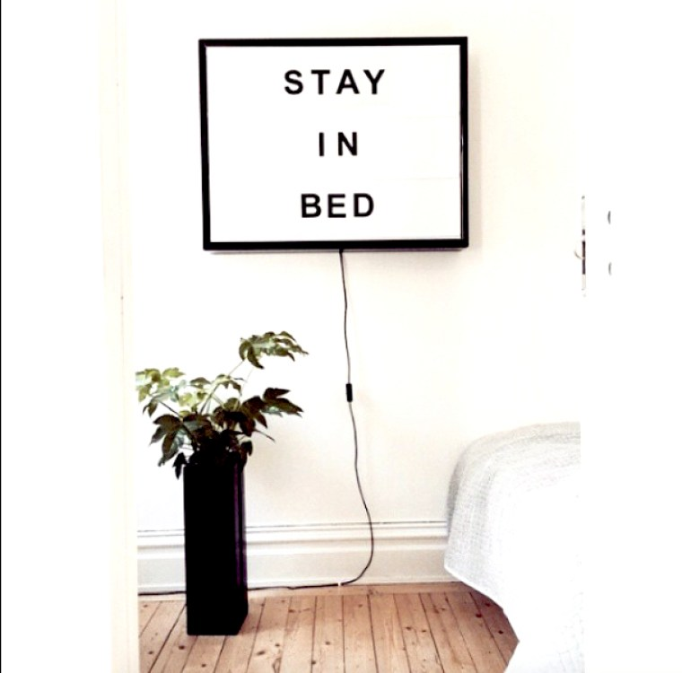 bxxlght Stay in bed