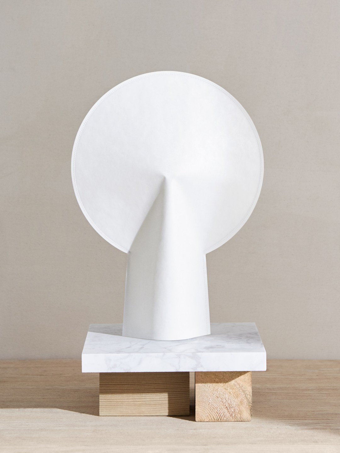 Cos and Hay SS17, HAY lamp