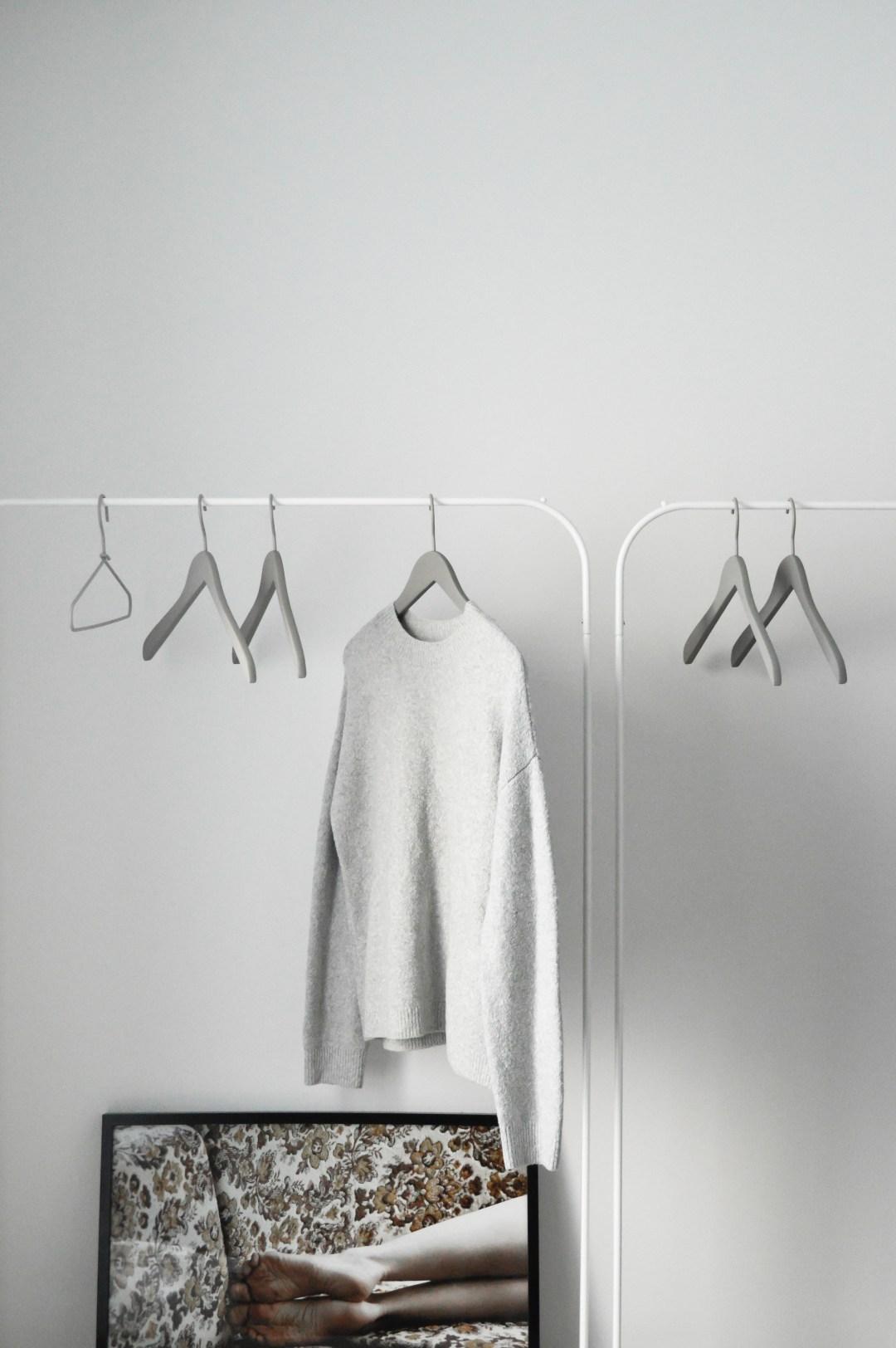 a minimalist wardrobe