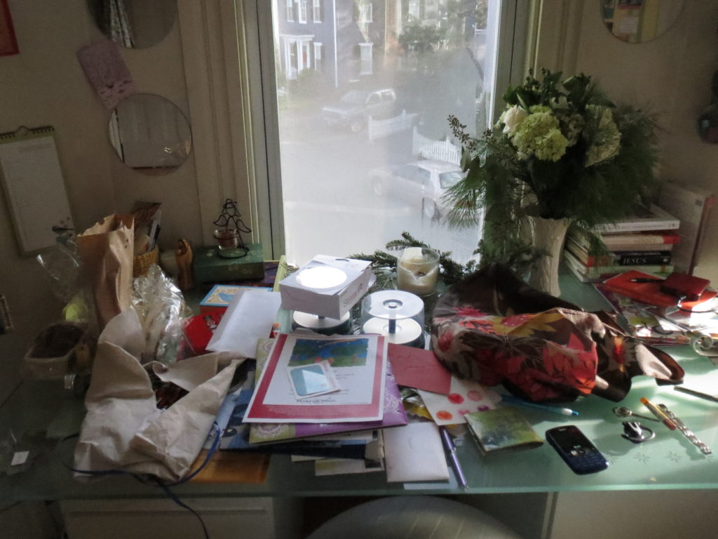 Am I stressed because my desk is such a mess or is my desk a mess because I'm stressed?