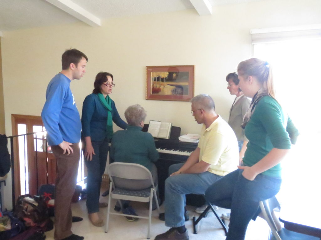 carols 'round the piano