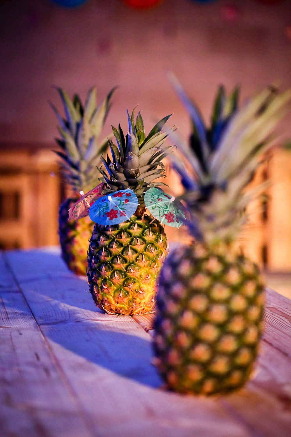 wedding details pineapples