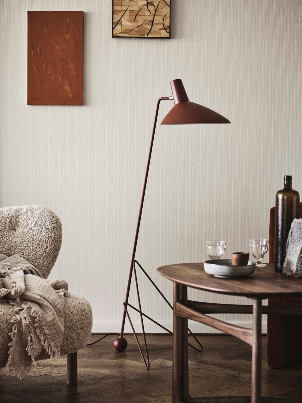 Tripod Lamp &Tradition