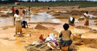 Washing copper Africa exploited Herland Report AP