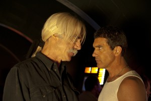 The meglomaniacal Simon Kestral (Sam Elliott) hauls Cruz (Banderas) away from his motel in the dead of night to reveal his plans to recreate the big bang.