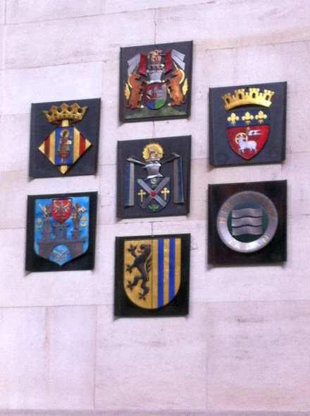 Wappen der Partnerstädte von Hannover