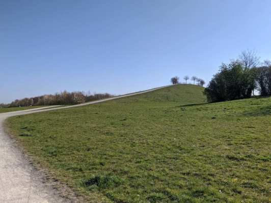 Aussichtshügel auf dem Kronsberg