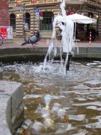 Immer wieder für eine Deko gut, der Nachwächterbrunnen