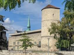 Beginenturm und Kreuzkirche