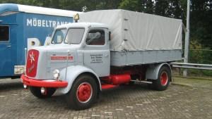 Henschel HS 100