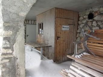 12 Eingang Winterraum Überdacht