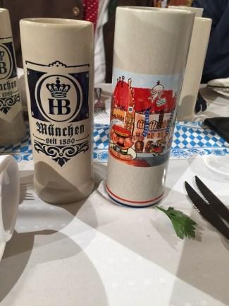 Maibockanstich-Bierkruege