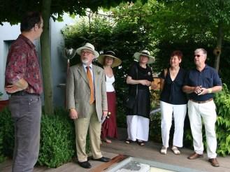 """Das Elbhangfest 2007 stand unter dem Motto """"Schau an der schönen Gärten Zier"""".Zahlreiche Gärten am Elbhang waren für Besucher geöffnet."""