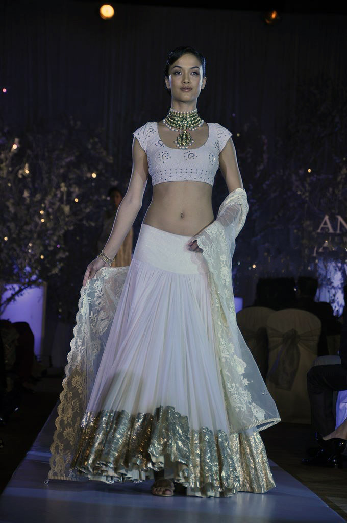 White_Lehenga_for_Wedding