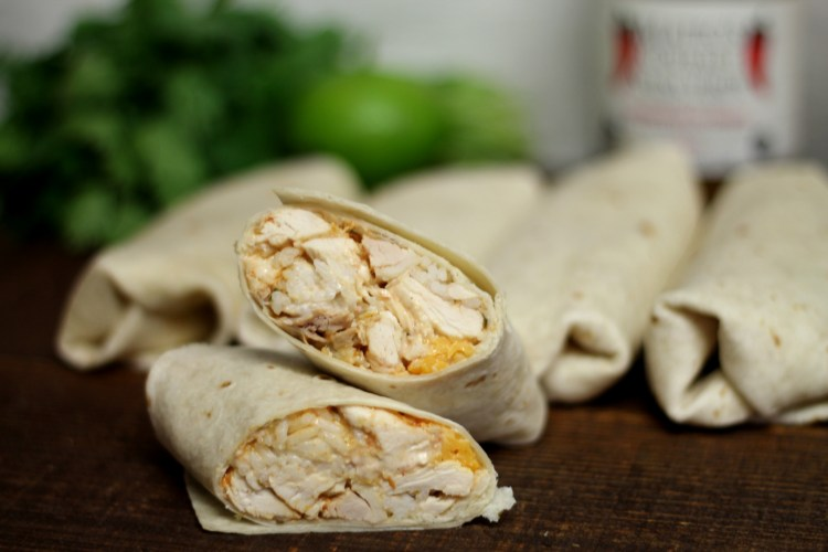 Shredded Chicken Burrito Taco Bell Copycat | read more at happilythehicks.com
