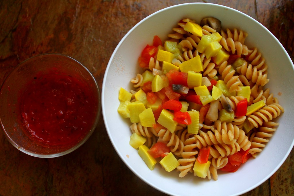 Squash, Tomato and Mushroom Pasta   read more at happilythehicks.com