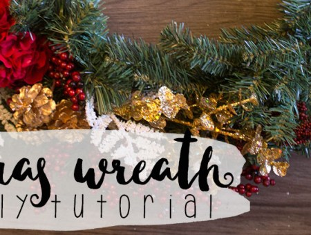 Christmas Wreath DIY Tutorial | read more at happilythehicks.com