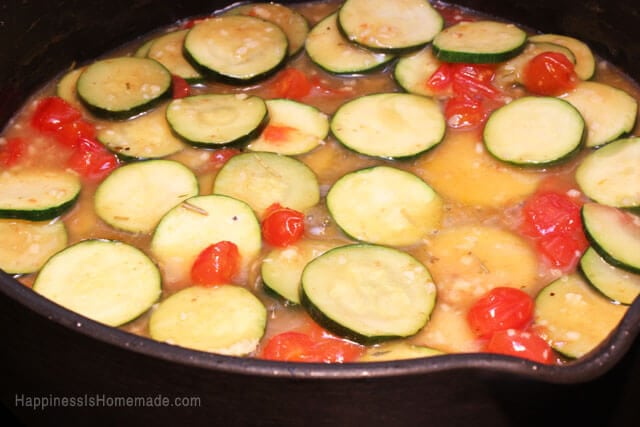 Rosemary Chicken with Vegetables in White Wine Sauce