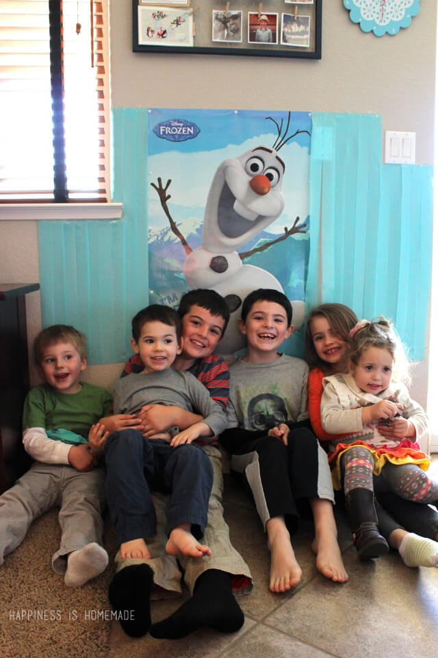 Photo Fun at our Disney FROZEN Holiday Party #FrozenFun #cbias #shop