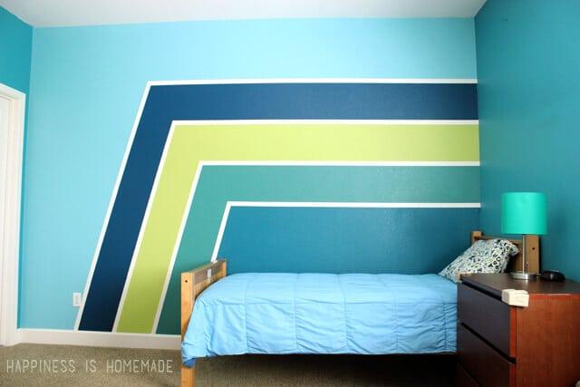 Gradient Racing Stripe Painted Wall