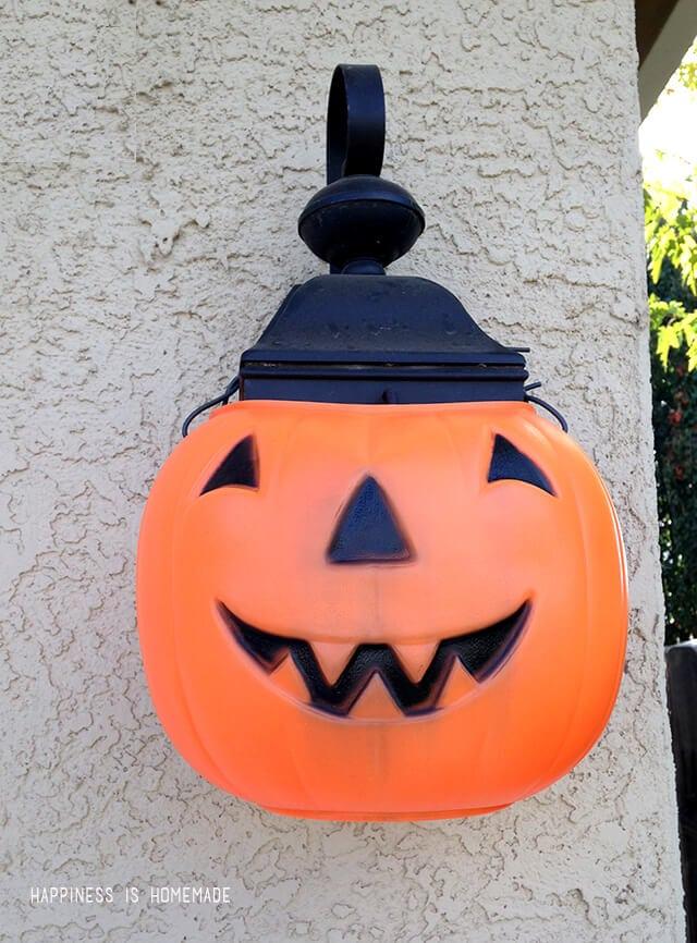 Quick Halloween Decoration - Pumpkin Porch Lights