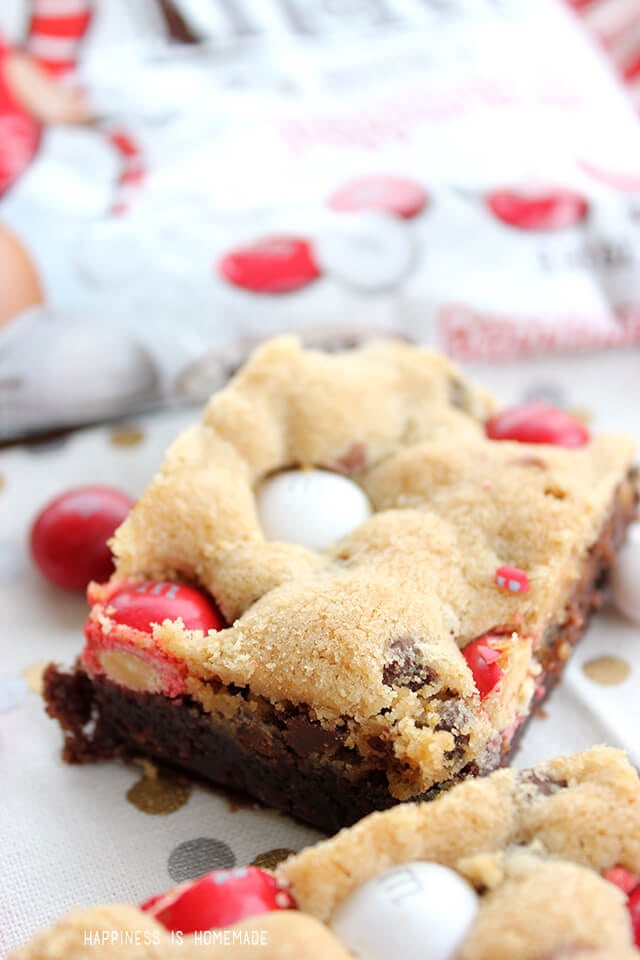M&Ms White Chocolate Peppermint Cookie Brownie Bar Recipe
