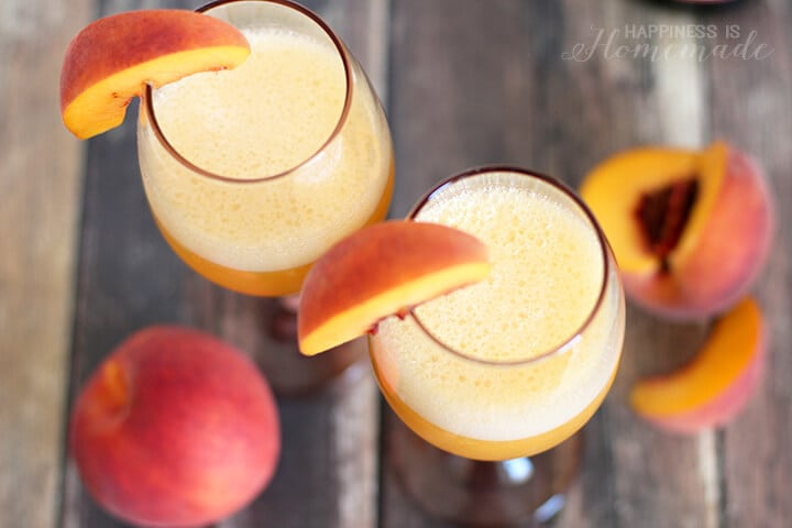 Frozen Blended Peach Bellini Summer Cocktail Recipe