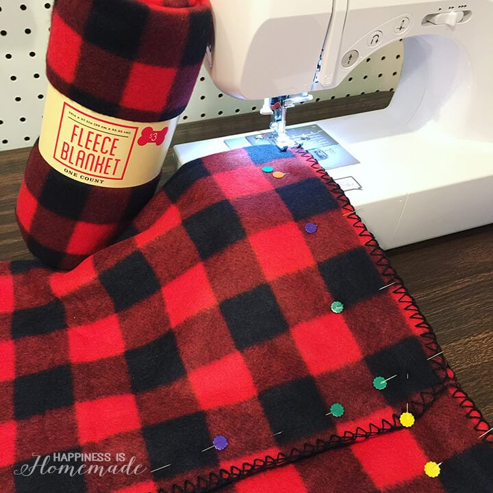 How to Make Pillow Covers from a Fleece Blanket