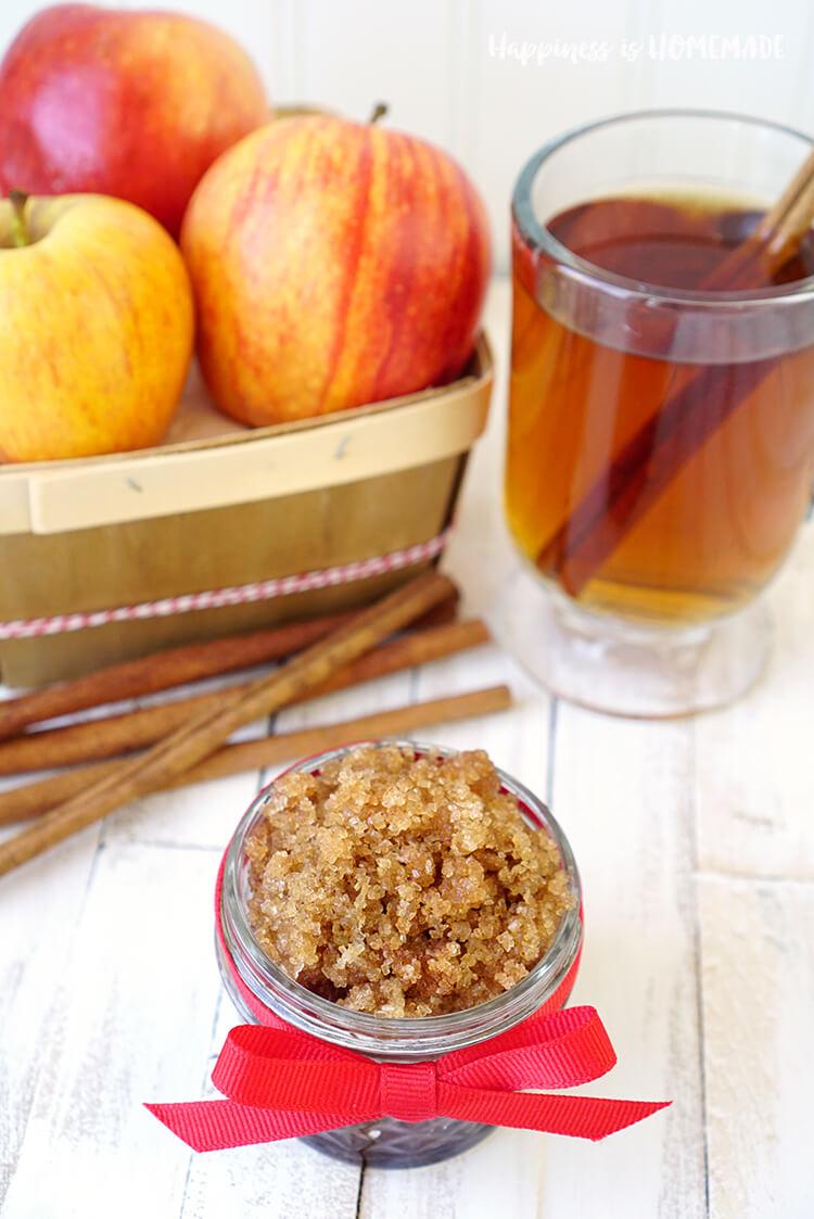 fall-spiced-apple-cider-sugar-scrub