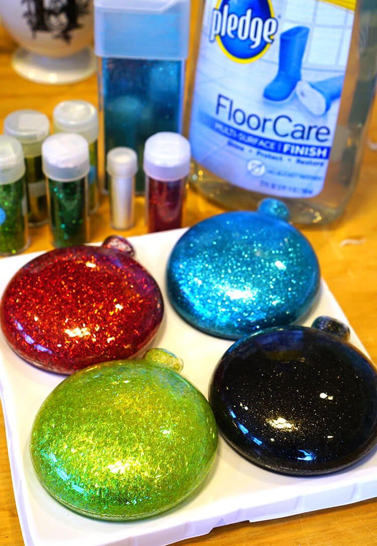 how-to-make-glitter-christmas-ornaments