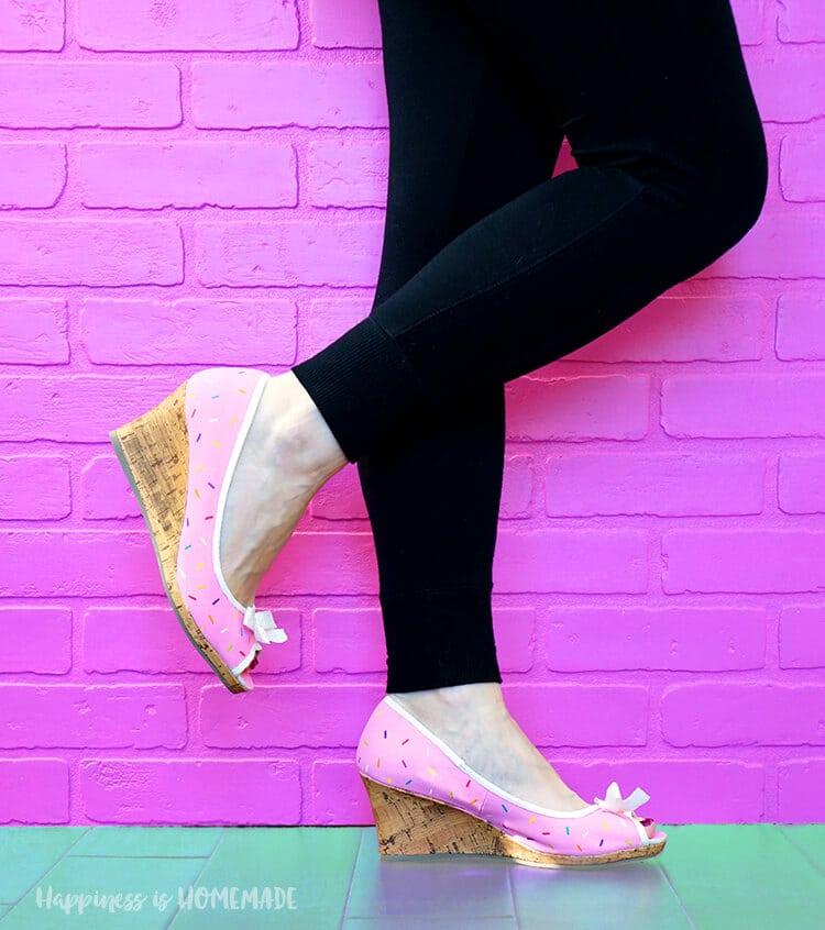 adorable-sprinkled-donut-shoes