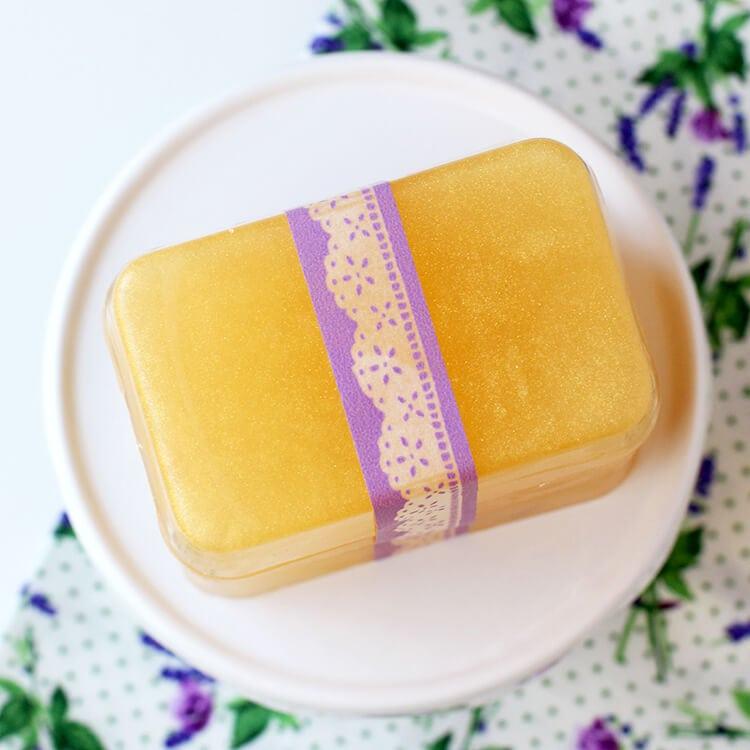 honey-lavender-soap-in-10-minutes
