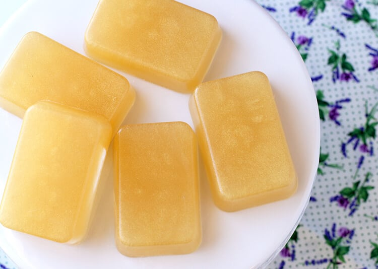 quick-and-easy-honey-lavender-soap-gift-idea