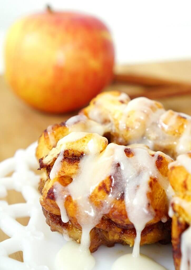 individual-iced-apple-cinnamon-monkey-bread