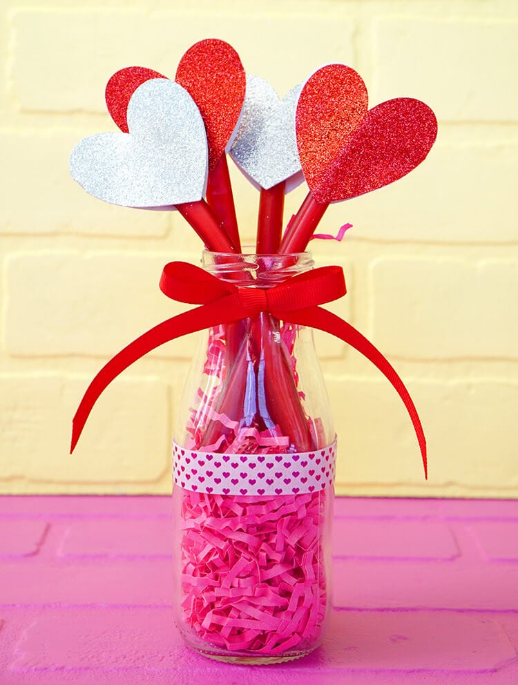 SweeTART Ropes Valentine Heart Bouquet Gift