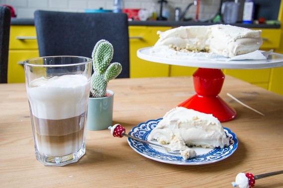 taart latte macchiato koffie bakken happy acorn
