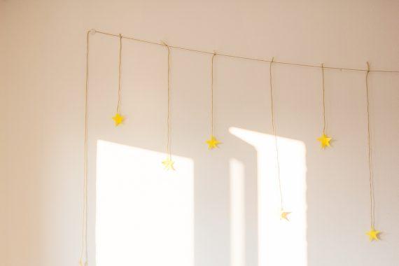Happy acorn sterren zon
