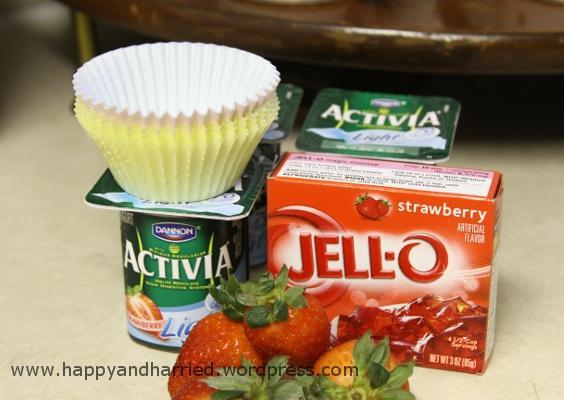strawberry yogury jelly bites 1