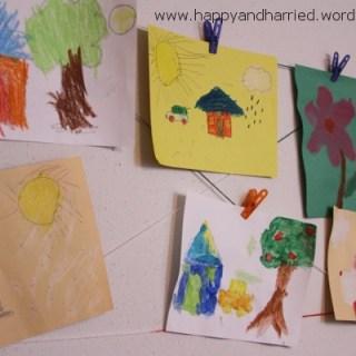 Easy Kids Artwork Display Wall