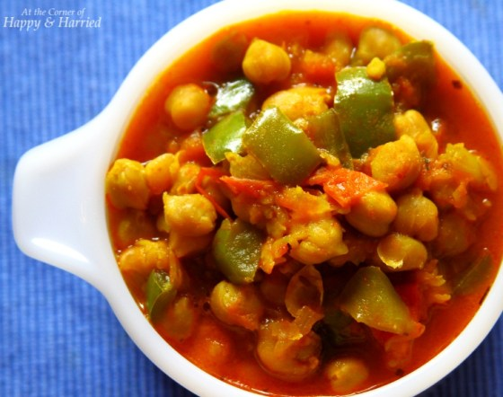 Spicy Chili With Peppers & Chickpeas