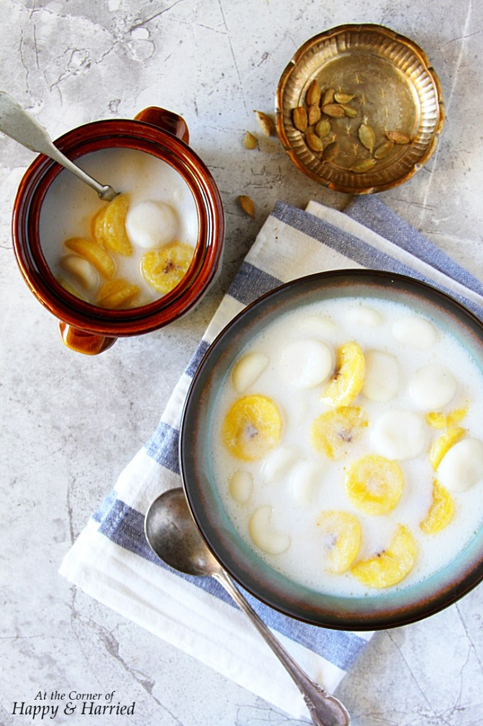 Paal Kozhukattai {Indian Rice Dumplings & Plantain Pudding}