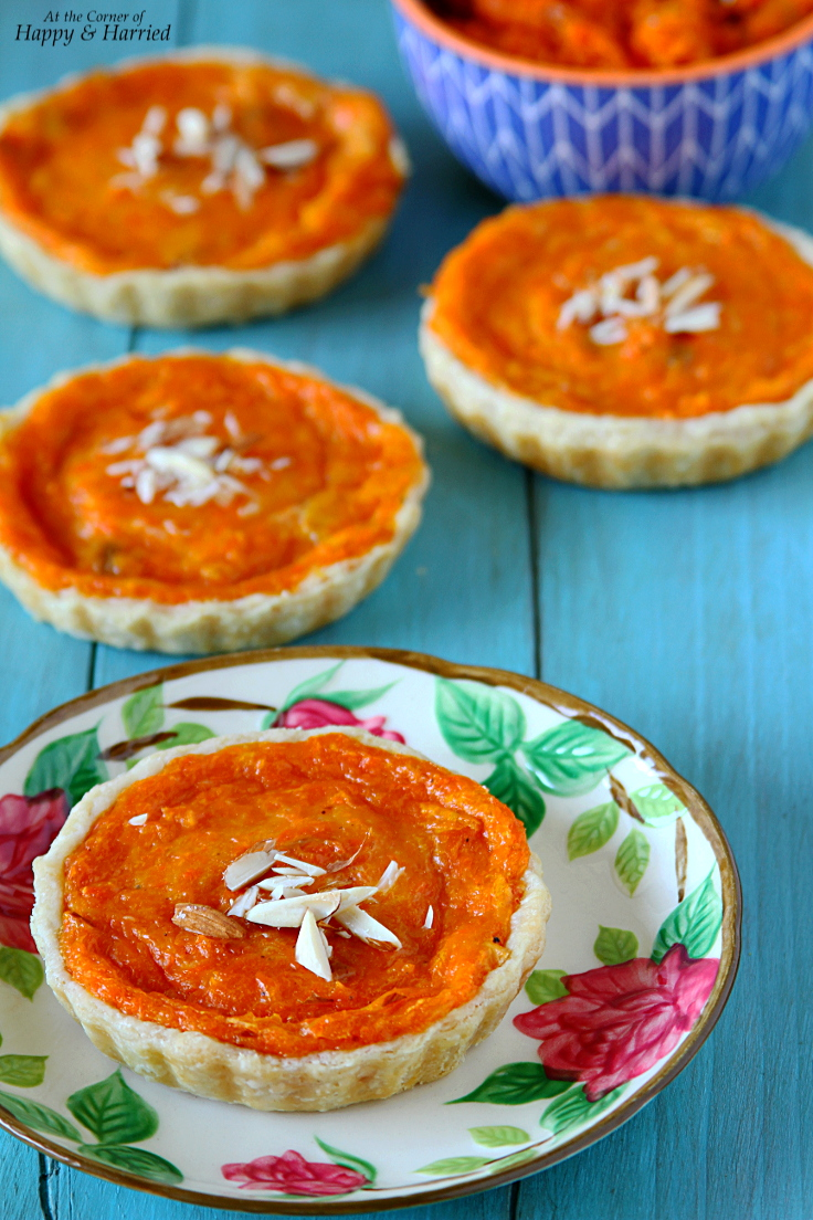 Carrot Halwa Tarts (Indian Carrot Pudding Tarts)