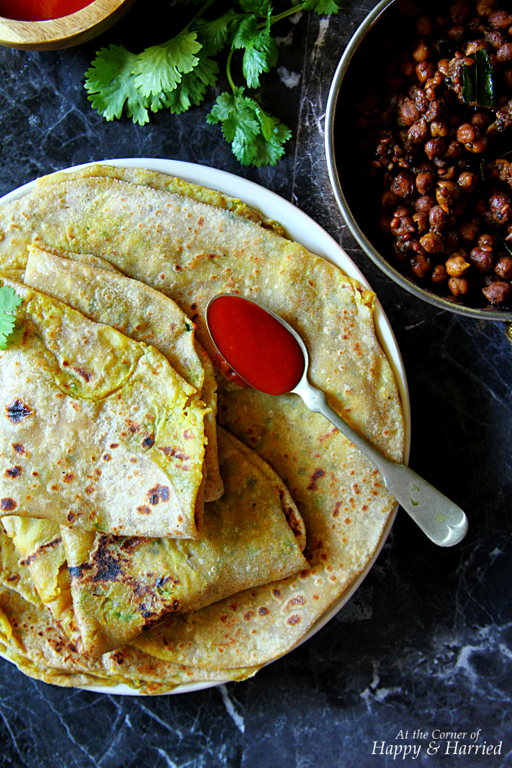 Aloo Paratha {Indian Potato Stuffed Flatbreads}