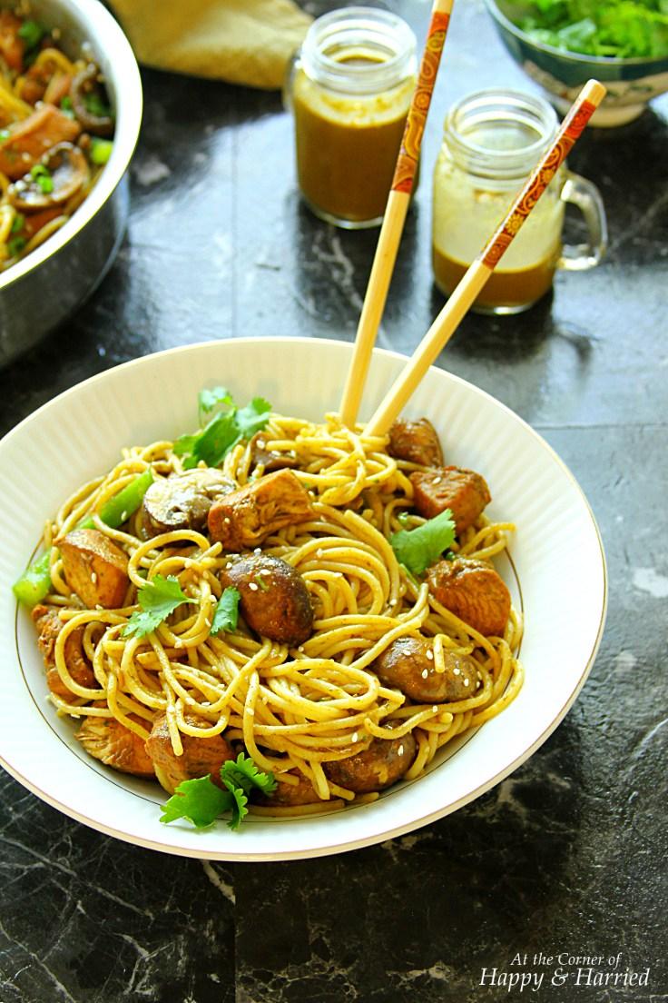 chicken-noodles-with-cilantro-peanut-honey-sauce