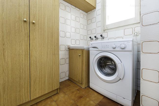 Barcelona lloguer habitación piso estudiants amb cuina