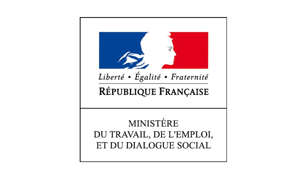 Le ministre du travail, François Rebsamen invite les partenaires sociaux à ouvrir une négociation pour revivifier le dialogue social au sein des entreprises